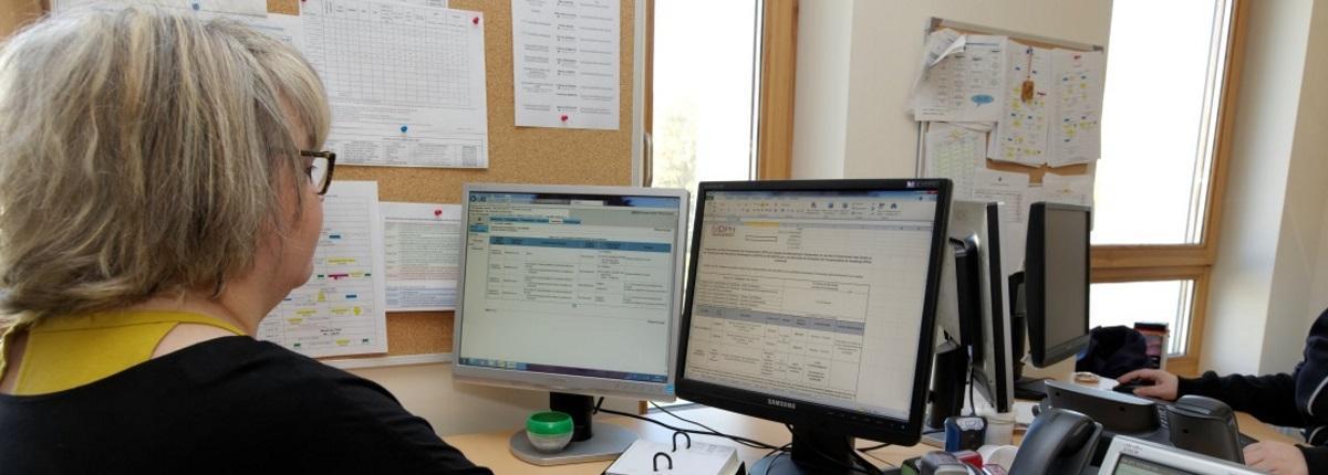 Etape 3 du traitement d'une demande : l'exploitation administrative par les agents instructeurs.